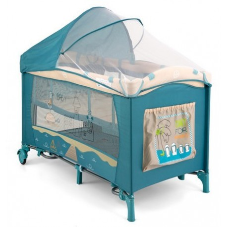 Travel cot beach